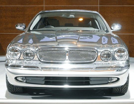 Attractive Jaguar XJ350